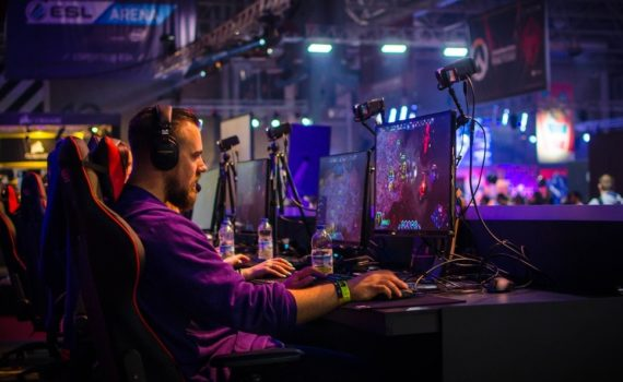 3 Reasons Why Everyone Should Play Video Games Once in Their Life