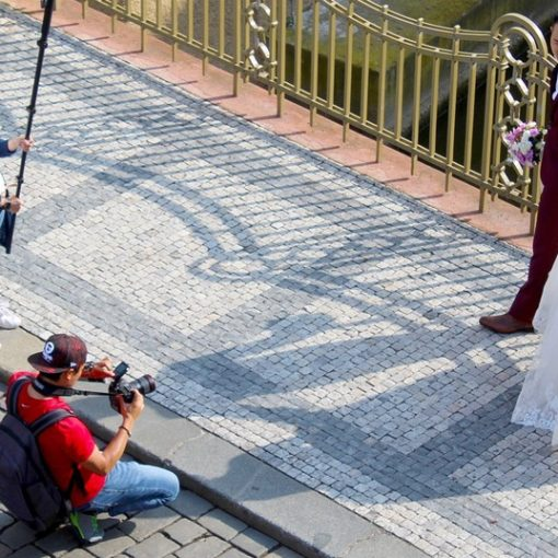 Learn how to start with best wedding photo editing tips